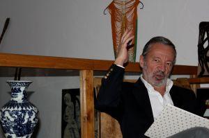 Germán Velásquez OMS
