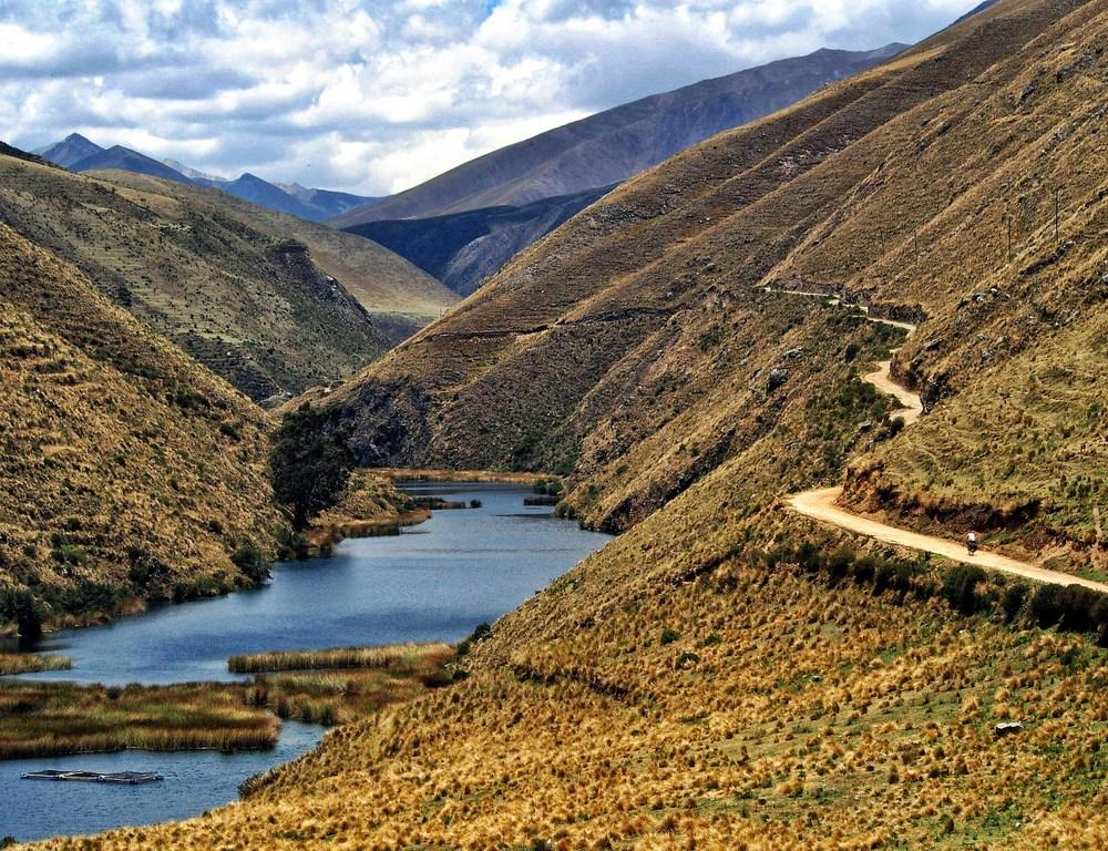 Huancavellica to Huaraz: El Silencio Continuado