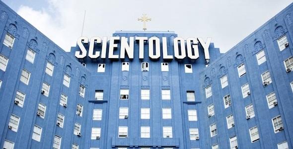 scientology-sign-big-blue