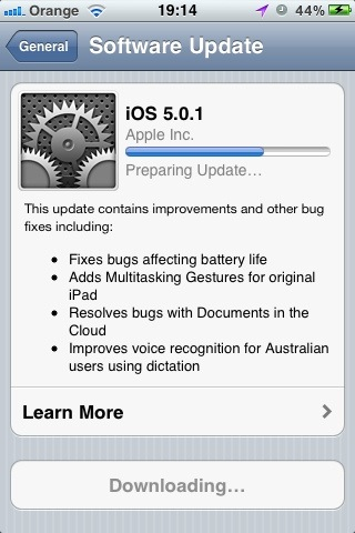 20111110 191528 iOS 5.0.1 now available for download OTA