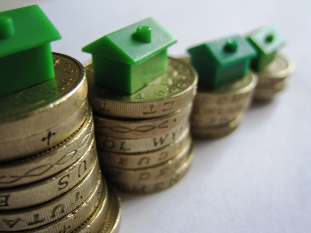 Using leverage to buy a house