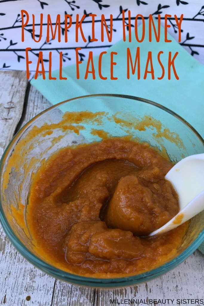 This honey pumpkin fall face mask is an all natural, soothing and moisturizing treatment that is great for dry fall or winter skin!