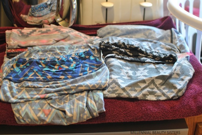The complete tutorial is finally here, it took me a while..The easiest way to hand wash LuLaRoe, this is also the perfect process to hand wash Legging Army.