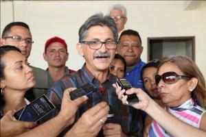 """José """"Papel"""" Sosa, vocero del Batallón Comunicacional Bolívar-Chávez, manifestó su rechazo a la prórroga del decreto """"insólito e infame"""" de Estados Unidos (Foto: Ciudad Maracay)"""