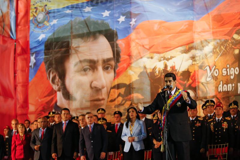 Maduro: «Jamás permitiremos que este país caiga en la garras del neoliberalismo»