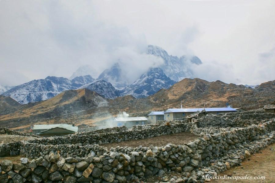 Thaknak village before cho la pass