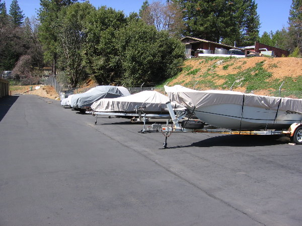 Boat/RV and Trailer Parking