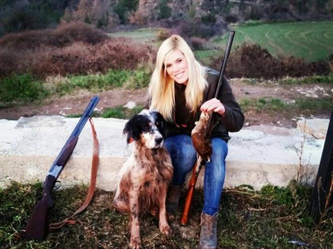 Melania Capitan, une célèbre chasseuse et blogueuse qui recevait des menaces, s'enlève la vie