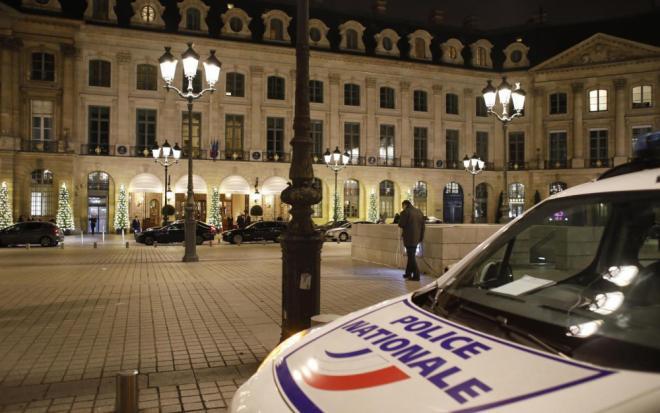 Frédéric Beigbeder a pensé à une attaque terroriste — Braquage au Ritz