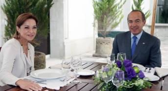 Josefina Vázquez le falta el respeto a Felipe Calderon