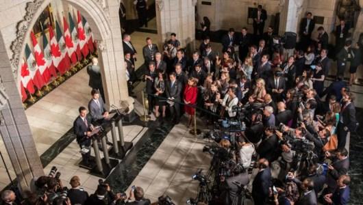 Exhorta Peña Nieto a maestros disidentes a retomar la vía institucional