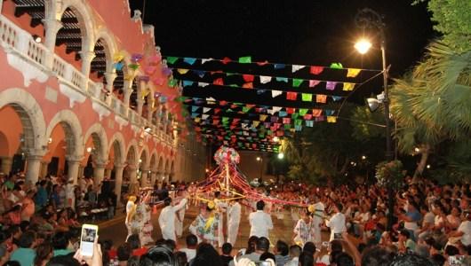 Cautiva la Vaquería Yucateca en el Día Mundial del Folclore