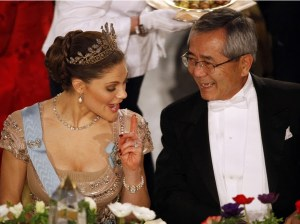 Sweden's Crown Princess Victoria and Japanese scientist Ei-ichi Negishi, winner of the 2010 Nobel Prize in Chemistry discuss during the Nobel Banquet in Stockholm's City Hall Photo: REUTERS/Pawel Kopczynski