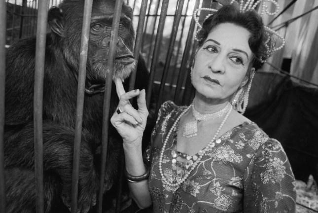 Photo: Gloria and Raja, Great Gemini Circus, Perintalmanna, India, 1989. ©May Ellen Mark, courtesy Howard Greenberg Gallery.