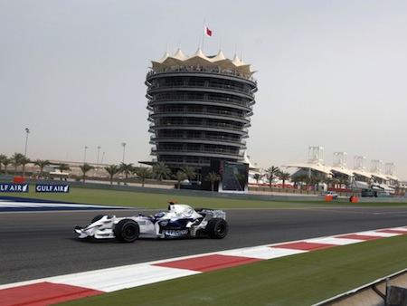 Bahrain GP ante algunas dudas - Fotografía www.indiancarsbikes.in