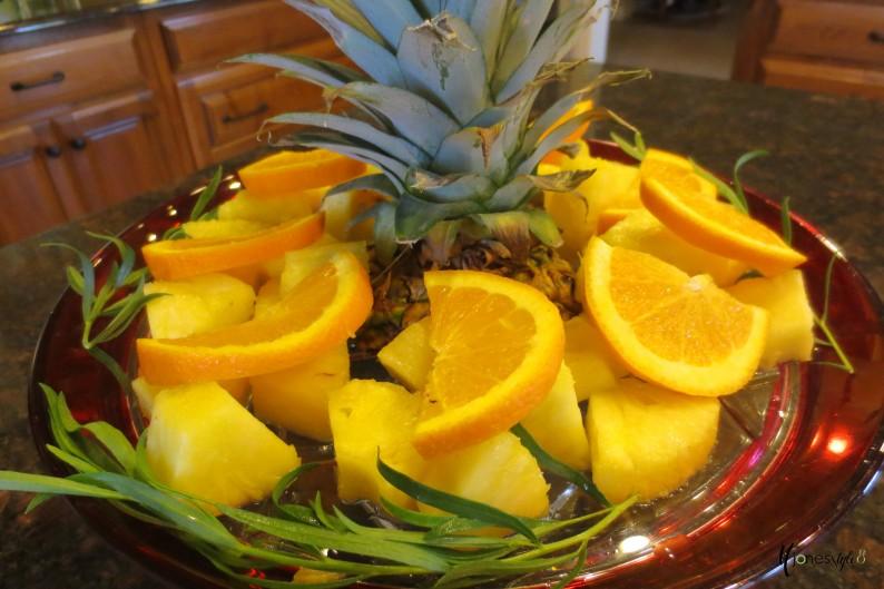 #pineapple centerpiece