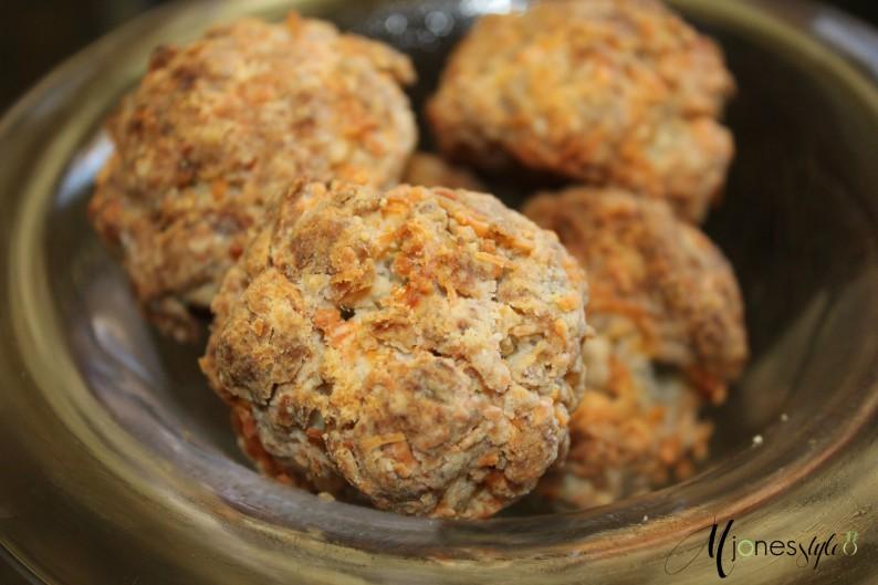 #sausageballs#jimmydeansausage#bisquick#kraftcolbymontereyjackcheese