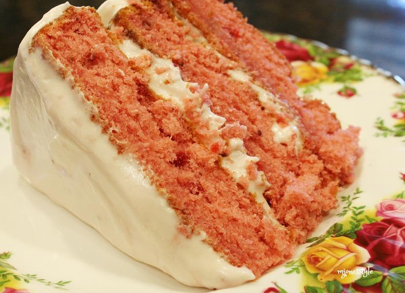 #strawberrycake