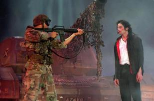 HIStory World Tour's 'Earth Song'