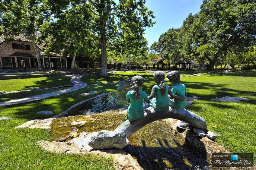 michael-jackson-neverland-valley-ranch-5225-figueroa-mountain-road-los-olivos-california-084-920x612-1600-the-pinnacle-list-tpl1