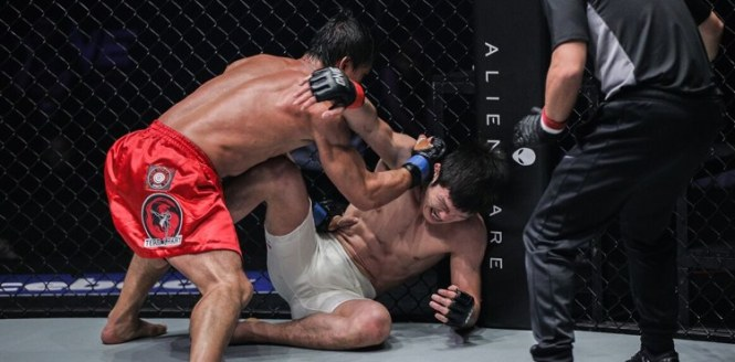 Folayang shocked the MMA world when he dethroned Shinya Aoki via TKO.
