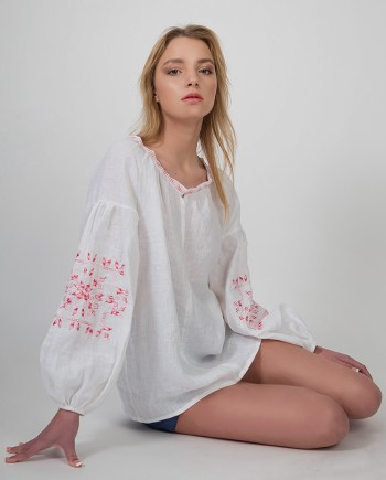 Gr.Is. Embroidery blouse