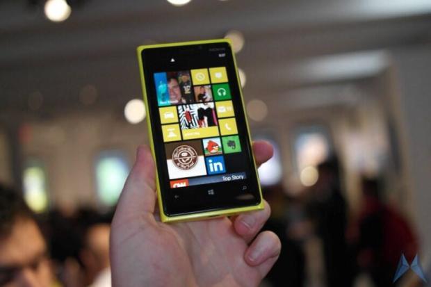 Nokia Lumia 920 (12)
