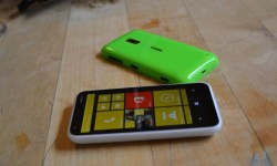 Nokia Lumia 620 Windows Phone (9)