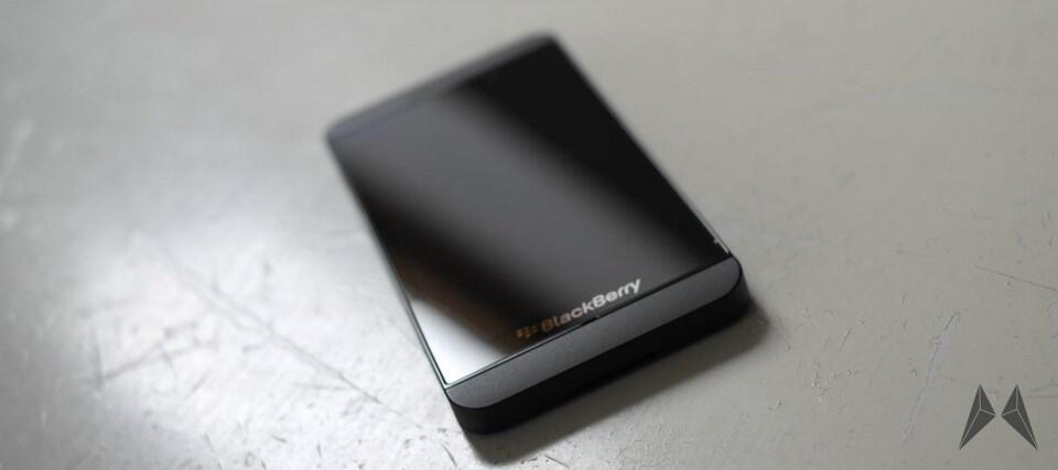 blackberry_z10_header