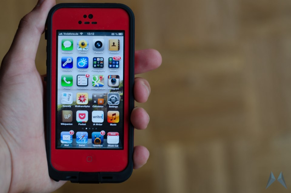 LifeProof Waterproof Case iPhone 5 (11)
