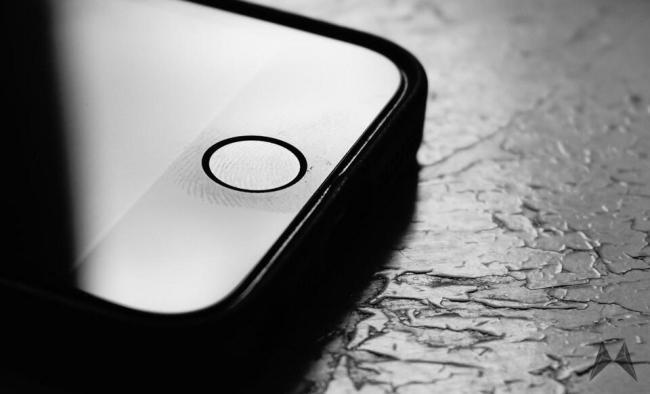 Apple iPhone iOS TouchID Header