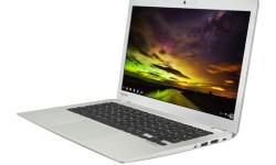 Toshiba Chromebook 2 CB30-B_full product_with wallpaper_03