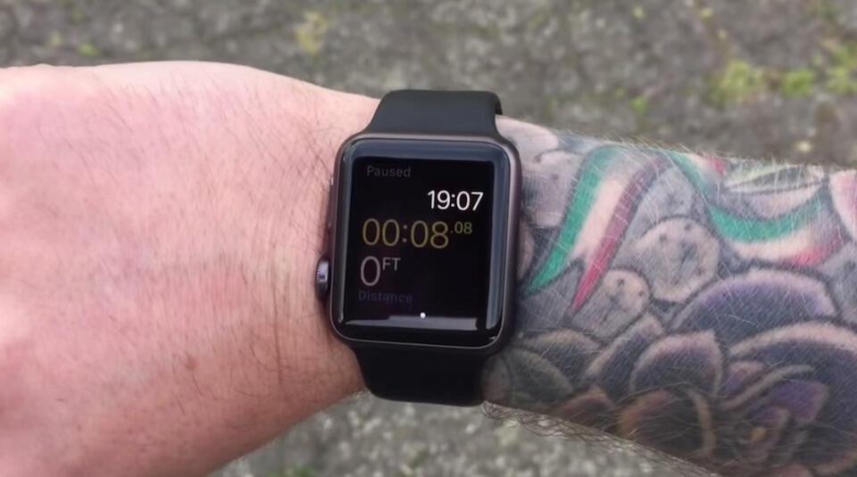 Die Apple Watch scheint Probleme mit Tattoos zu haben, zumindest gibt ...