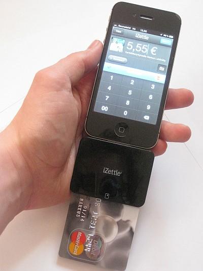 iPhone 4S, iZettlen kortinlukija ja kortti