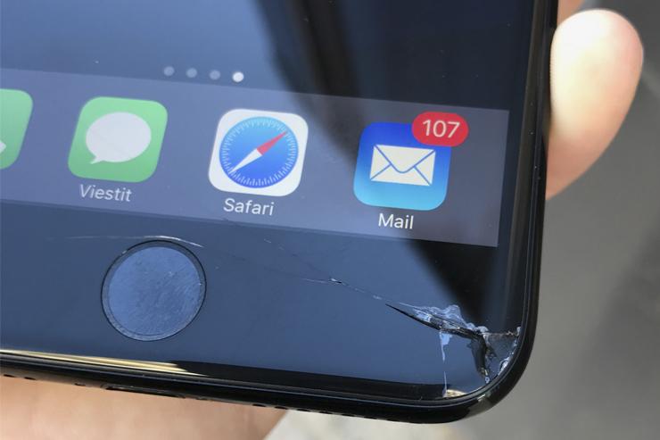 iPhone 7 Plus näyttö rikki