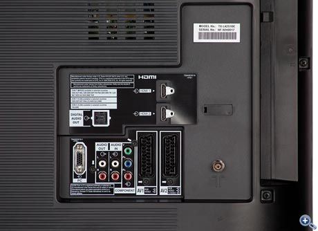Panasonic TX-L 42 S 10 LCD - connection panel