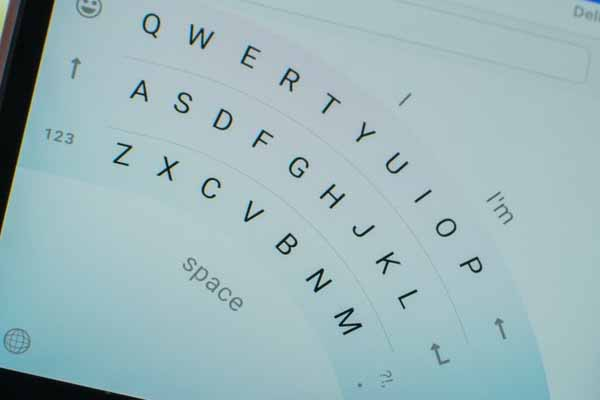 Microsoft Word Flow Keyboard for iOS