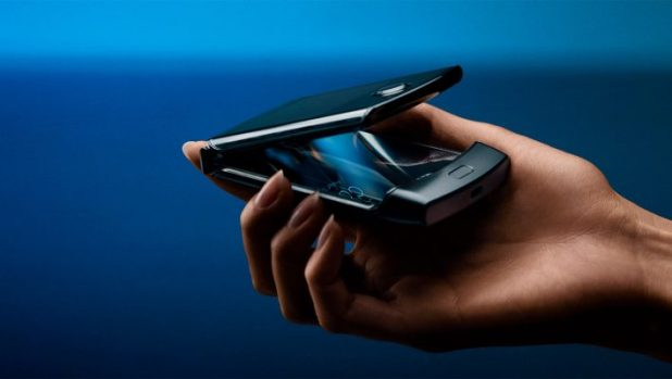 How To Take Care of The Foldable Moto Razr