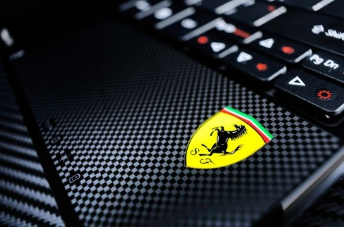 acer-ferrari-one-netbook01