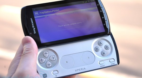 xperia-play-playstationphone-1