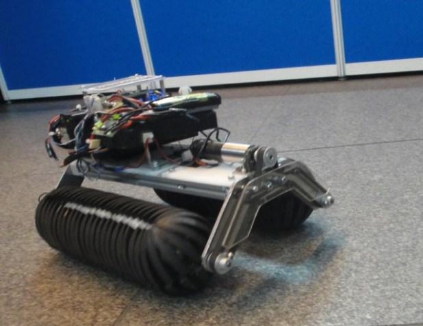 Omni-Crawler Robot