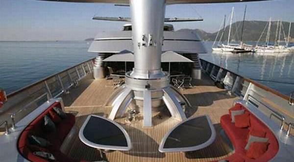 111216-yacht7