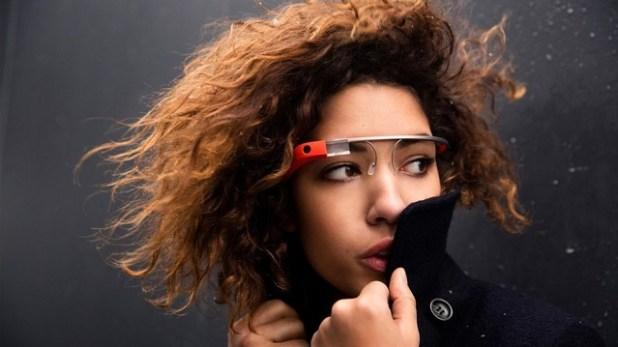 google-glass-model-mobilemag