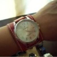 Luxuosas pulseiras de couro para relógios femininos
