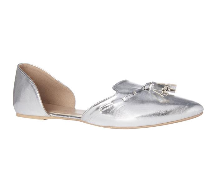 Zapatos: 11 euros