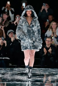 Rihanna-puma-(1)