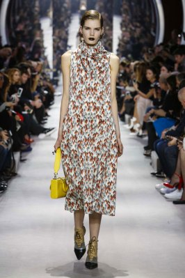 Dior-desfile-(7)