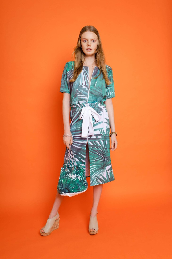 dress with palm print and adjustable belt by Studio V