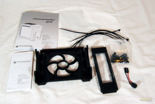 Thermaltake-Commander-G41-Accessories