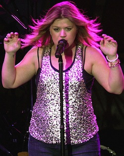 Kelly Clarkson | Super Bowl Prop Bets